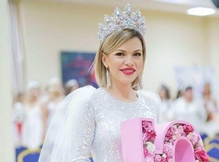 Среди победительниц конкурса «Миссис Россия-2020» — уралочка. Вскоре ей предстоит поездка в Китай