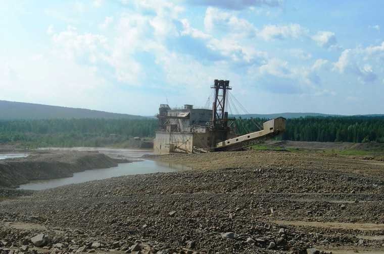 Свердловские добытчики золота залили Чусовую грязью. «Смотрите, во что превратили реку!». ВИДЕО