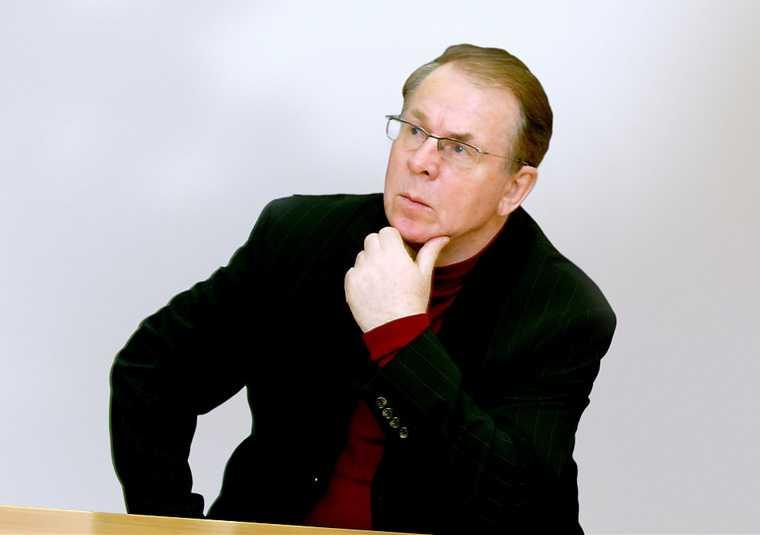 Тюмгу Тюмень умер ректор ТГУ