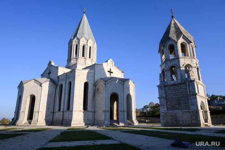 Карабах осквернение церкви