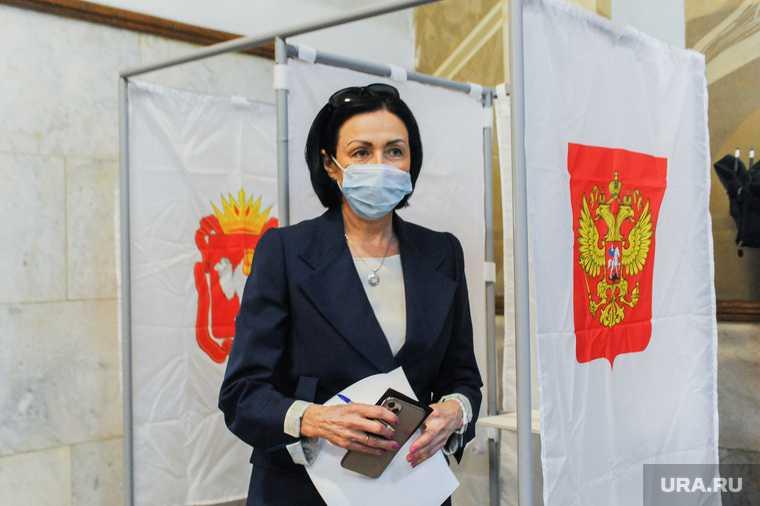 Наталья Котова на избирательном участке. Челябинск