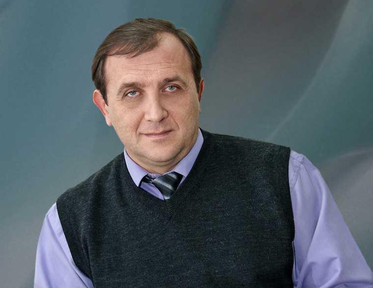 Челябинск вуз ЮУрГИИ проректор профессор умер скончался COVID