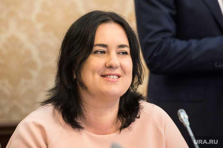 александр моор губернатор тюменской области