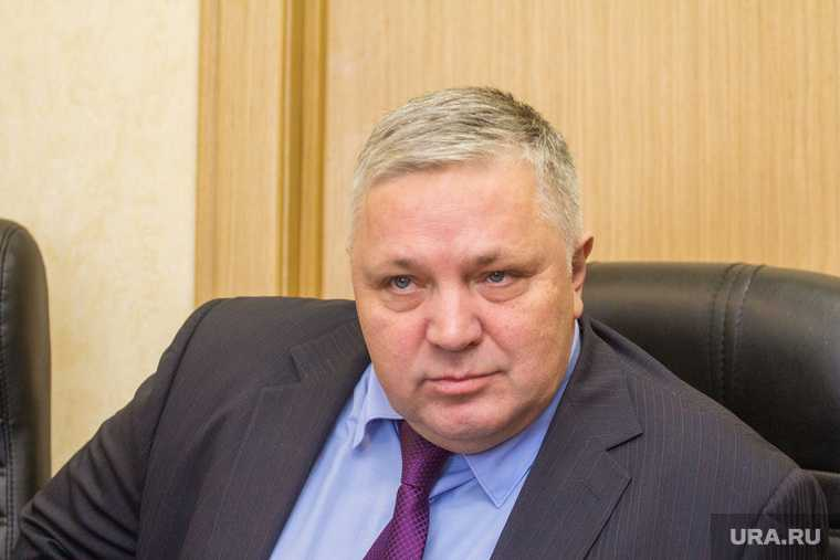 Москва Троекуровское кладбище губернатор Югры Комарова директор департамента общественных связей Шумакова