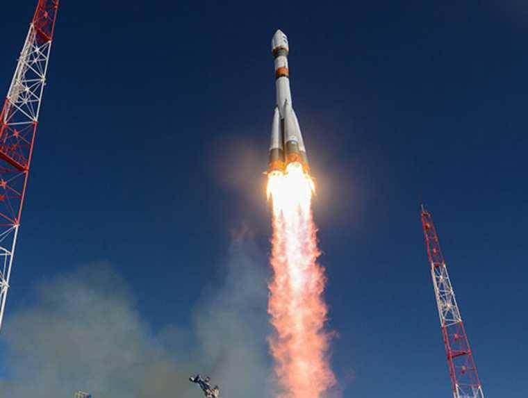Жителей ЯАНО предупредили о возможном падении частей ракеты
