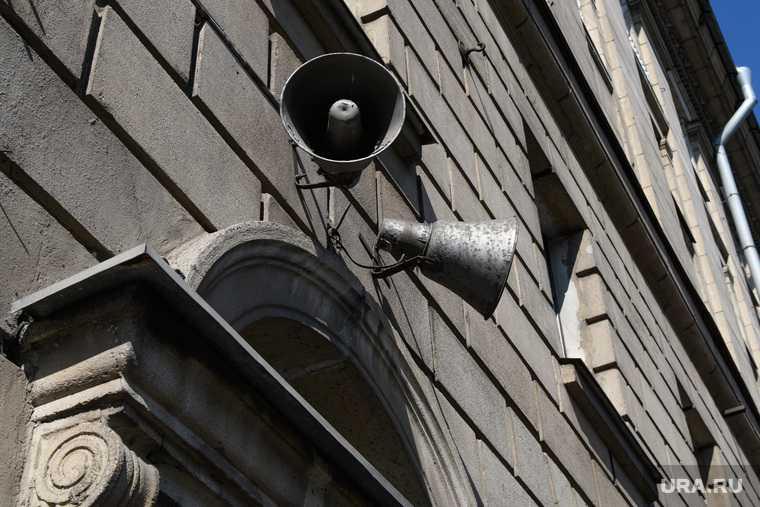 В РФ хотят запретить звуковую рекламу на жилых домах