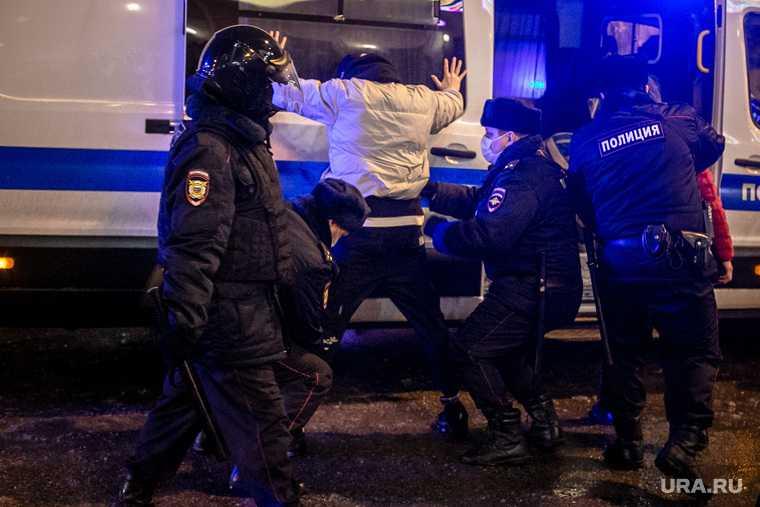 Челябинск бар Клокс полиция диаспоры