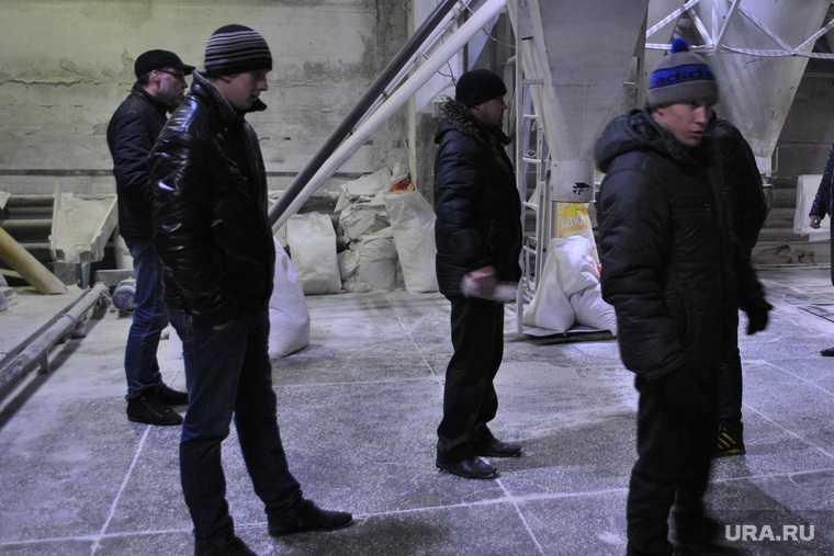 протестующие в Армении ворвались в здание правительства