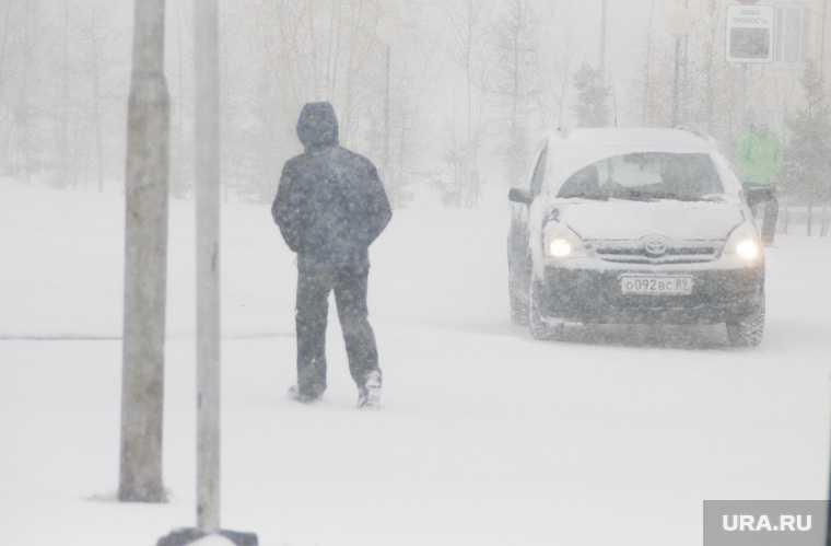 ЯНАО погодные аномалии снегопады метели