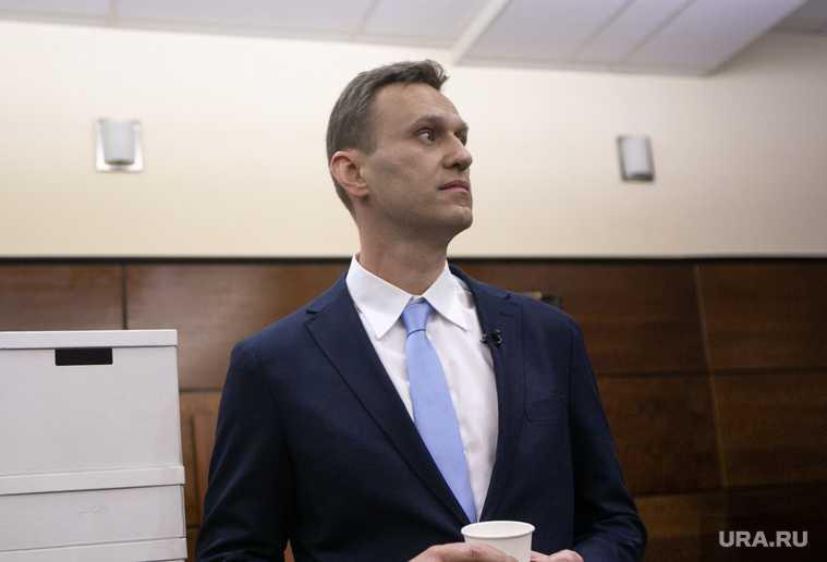 Навальный подал в суд на колонию коран чтение книги