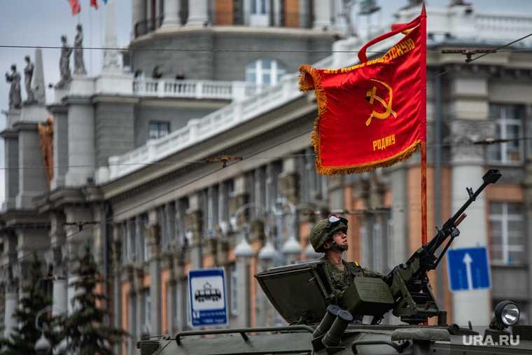 КПРФ не пустили на Парад Победы