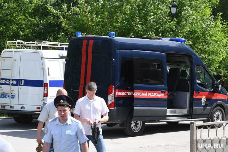 мужчина напал с ножом ЖД вокзал Екатеринбург кто убийца