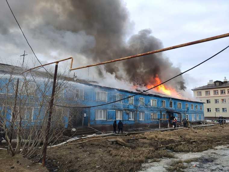 Десятки семей остались без жилья в ЯНАО после пожара